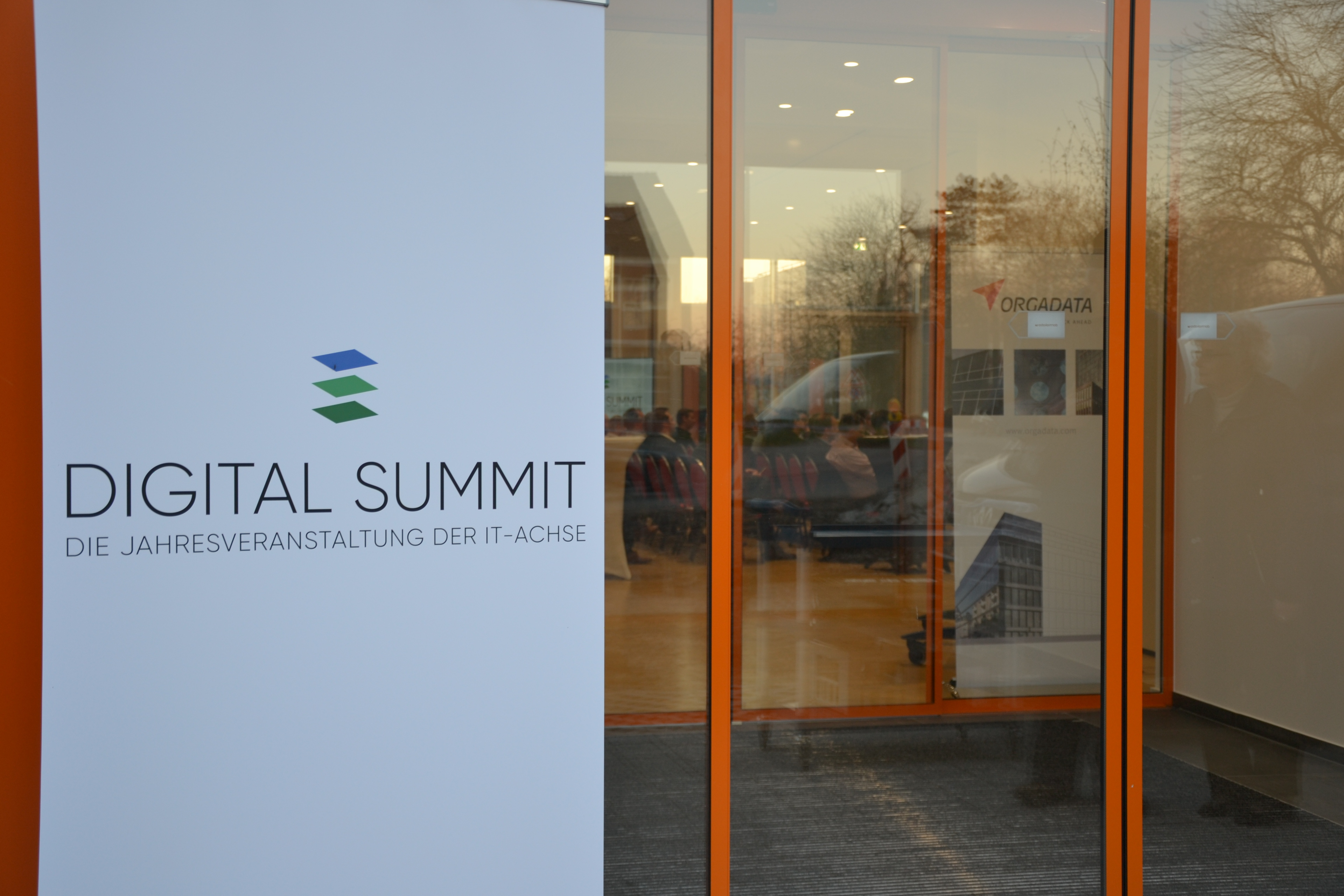 Zweiter Digital Summit der IT-Achse.